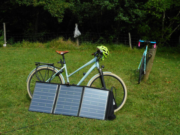 E-Bike laden mit Solarstrom