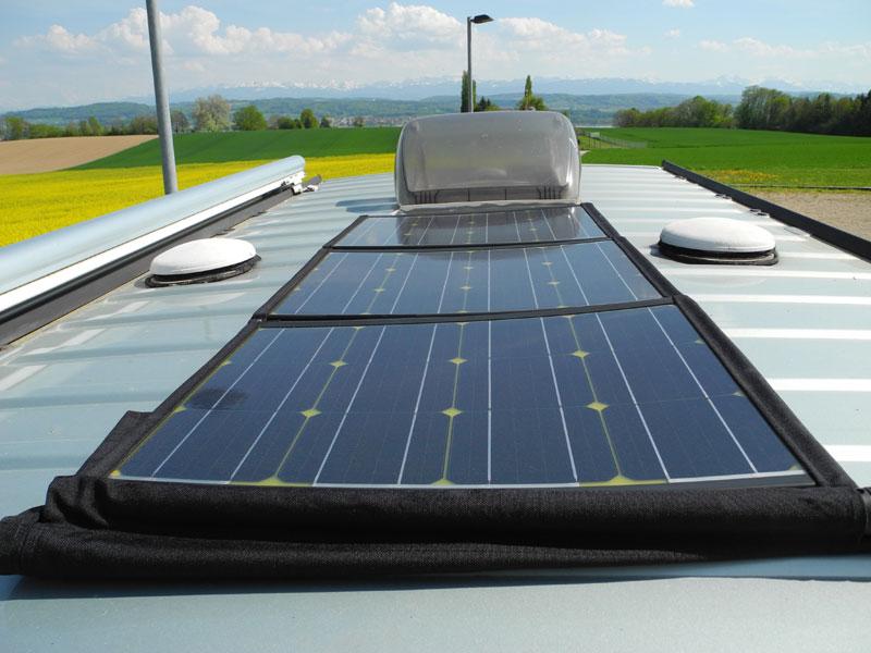 Diebstahlsicher auf dem Fahrzeugdach, Kabel durch die Dachluke